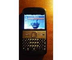 Nokia E5 Celular en muy buen estado.