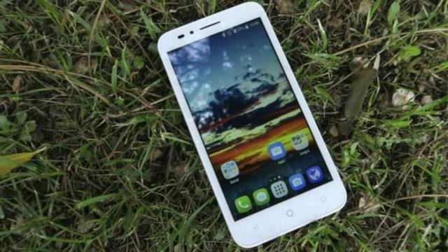 Alcatel One Touch Goplay 7048