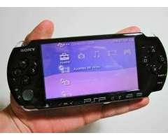 vendo o cambio PSP 3001 sin cargador mas memoria 8 gb sony y 12 juegos por tlf android o BB z10 o Q1