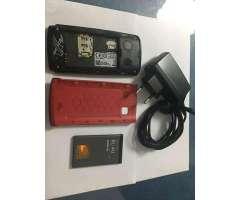 Nokia 500 + 3 carcasas