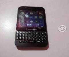 Blackberry q5 telcel whatsapp