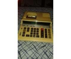Calculadora de escritorio Sharp