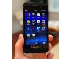 Blackberry Z10 4G LTE, 16Gb, 2Gb Ram, 8Mpx, 5Mpx Frontal Versión STL 1002