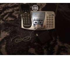 Se vende teléfono Panasonic de dos lineas