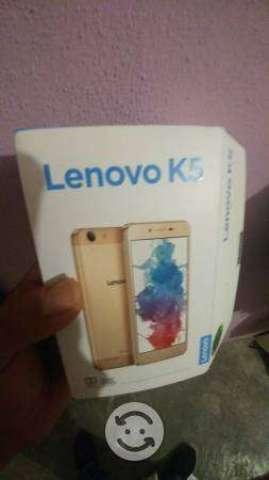 Lenovo k5 edicion especial Dorado Dual sim