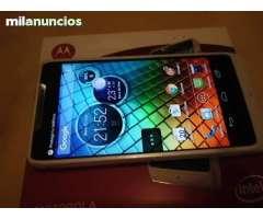 Motorola razr i xt 890 8GB