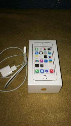 Vendo iPhone 5s Gold.