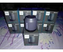 Bocina portatil Philips bluetooth y nueva