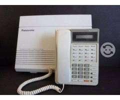 Paquete panasonic KX-TA308 con 4 telefonos