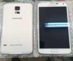 SAMSUNG Galaxy S5 Blanco Y Gold T03