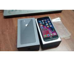 I Phone 8 64gb Nitido en Caja Liberado .