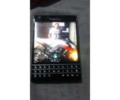 Vendo Blackberry Pantalla 3x3 Pulgadas
