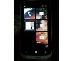 Lumia 822