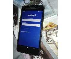 Celular Microsoft Lumia 640lte Detalle