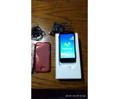 Vendo Alcatel One Touch Mini Idol.