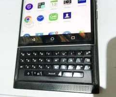 BlackBerry Priv desbloqueado Android con teclado