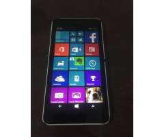 Vendo Nokia Lumia 640