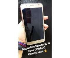 Disponible Samsung J7 Duos Dorado