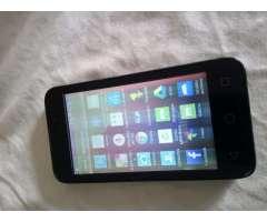 Celular pequeño,Alcatel Pixi, solo tiene la pantalla opaca,sirve para todo,llamadas,what...